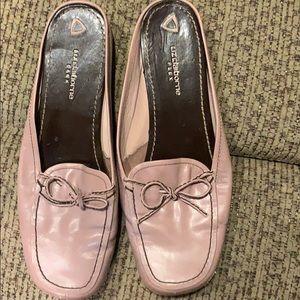 Sz 8 1/2 pair of shoes by Liz Claiborne
